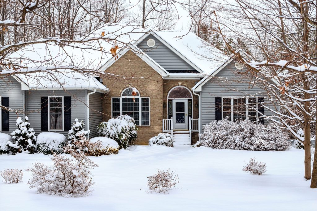 Can You Replace a Roof in the Winter